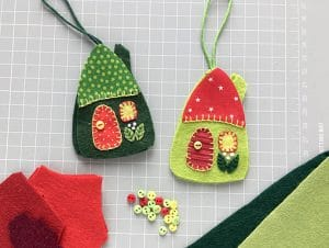 cutting mat with felt houses